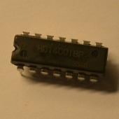 TR-808 CD4001