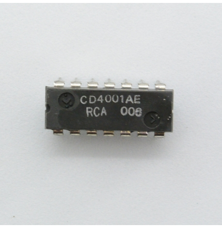 TR-808, CD4001